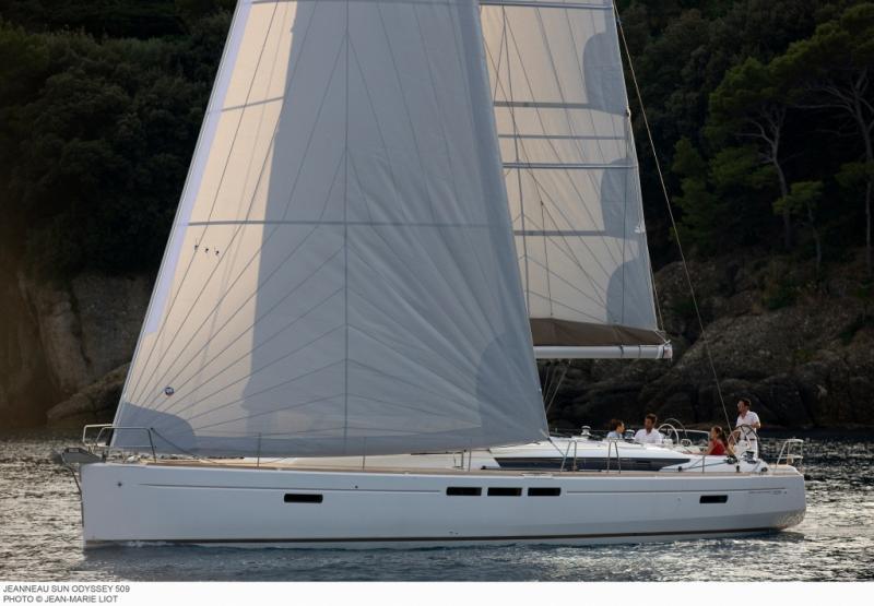 Sun Odyssey 509 │ Sun Odyssey de 15m │ Bateaux Voiliers Jeanneau  8422