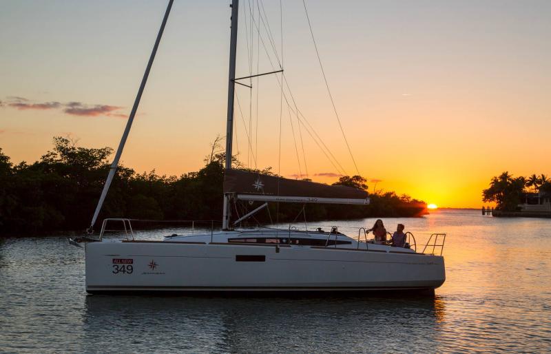 Sun Odyssey 349 │ Sun Odyssey of 10m │ Boat Sailboat Jeanneau  19138