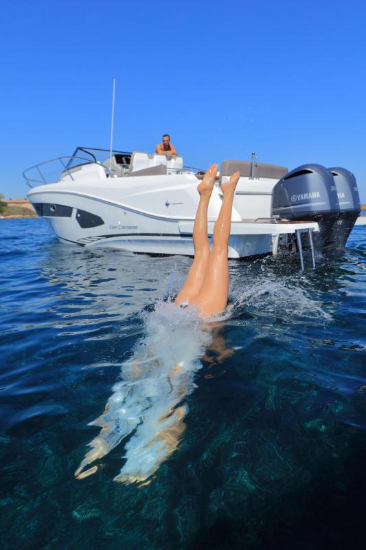 Cap Camarat 10.5 WA │ Cap Camarat Walk Around of 11m │ Boat Outboard Jeanneau  4288