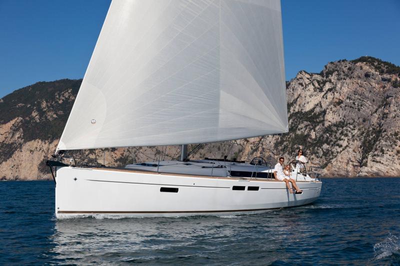 Sun Odyssey 479 │ Sun Odyssey de 14m │ Bateaux Voiliers Jeanneau  19558