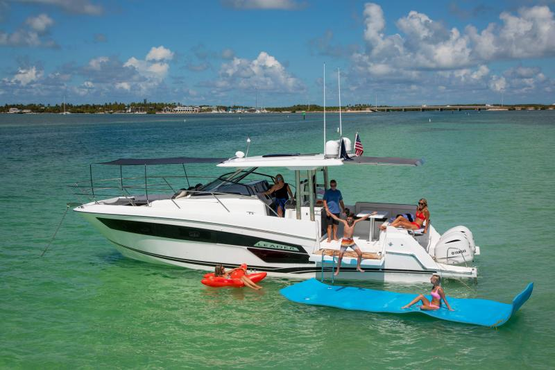 Leader 12.5 │ Leader WA of 12m │ Boat powerboat Jeanneau  21650