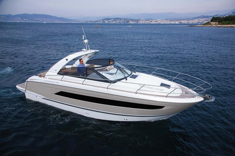 Leader 40 Exterior Views 1