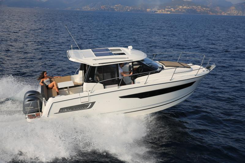 Merry Fisher 895 Exterior Views 26