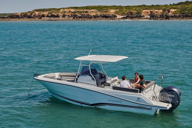 Leader 7.5 CC Series 3 │ Leader CC of 7m │ Boat powerboat Jeanneau  23215