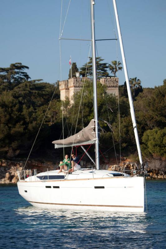 Sun Odyssey 449 │ Sun Odyssey of 14m │ Boat Veleros Jeanneau  13180