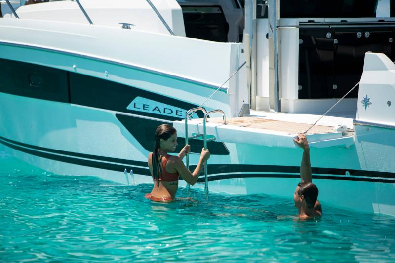Leader 12.5 │ Leader WA of 12m │ Boat powerboat Jeanneau  21632