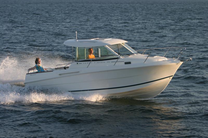 Merry Fisher 705 │ Merry Fisher Inboard of 7m │ Boat Inboard Jeanneau  6609