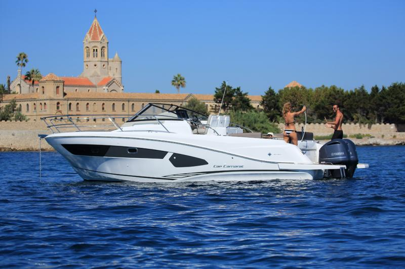Cap Camarat 10.5 WA │ Cap Camarat Walk Around of 11m │ Boat Outboard Jeanneau  4300