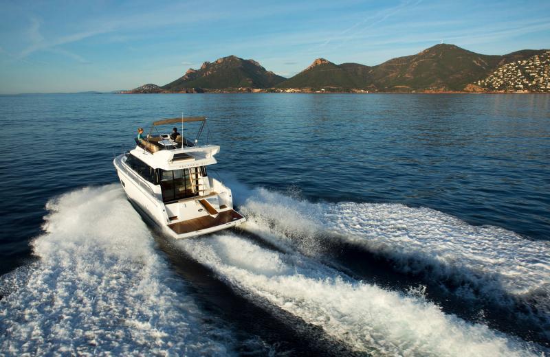 Velasco 37F │ Velasco of 11m │ Boat Intra-borda Jeanneau Flybridge 14834