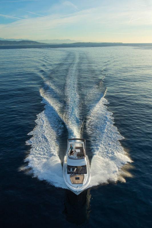 Velasco 37F │ Velasco of 11m │ Boat Intra-borda Jeanneau Flybridge 14838