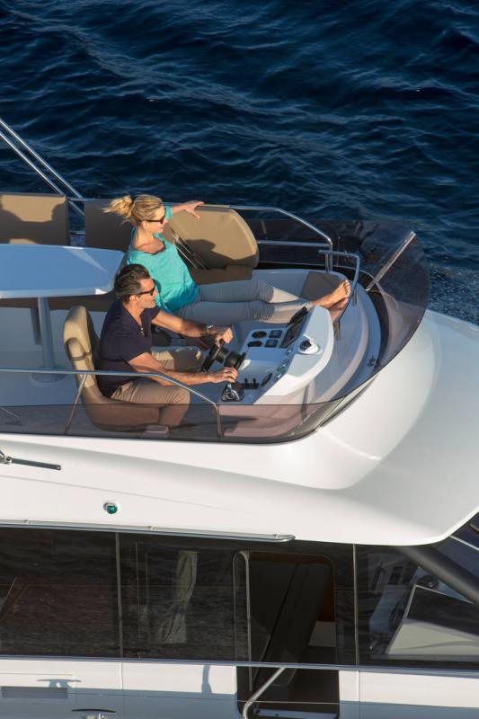 Velasco 37F │ Velasco of 11m │ Boat Intra-borda Jeanneau Flybridge 14808