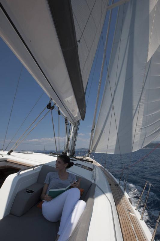 Jeanneau 54 │ Jeanneau Yachts of 16m │ Boat Segelboote Jeanneau  13554