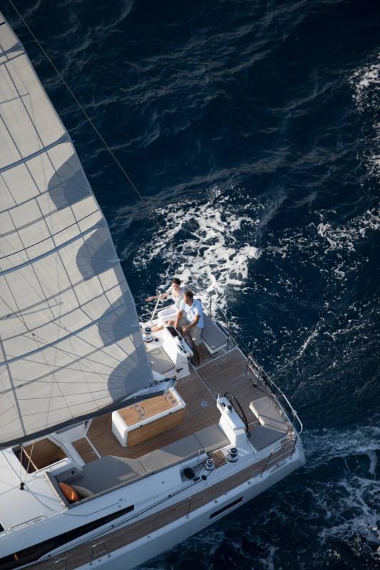 Jeanneau 54 │ Jeanneau Yachts of 16m │ Boat Segelboote Jeanneau  13559