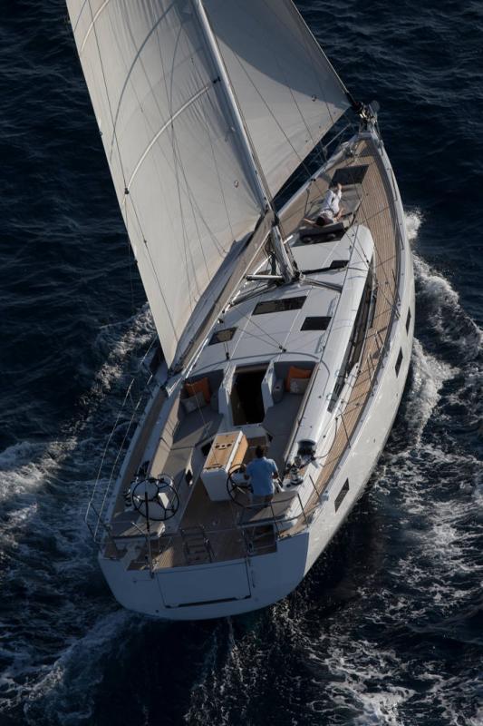Jeanneau 54 │ Jeanneau Yachts of 16m │ Boat Segelboote Jeanneau  13563