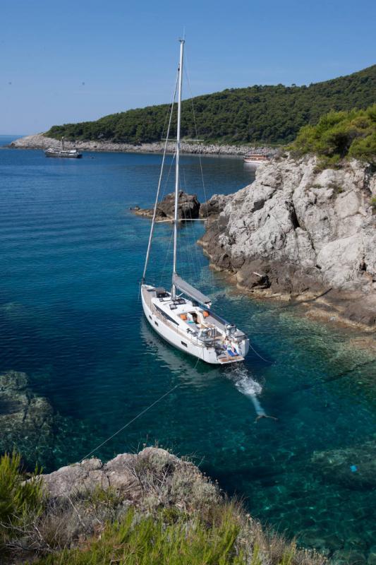 Jeanneau 54 │ Jeanneau Yachts of 16m │ Boat Segelboote Jeanneau  13553