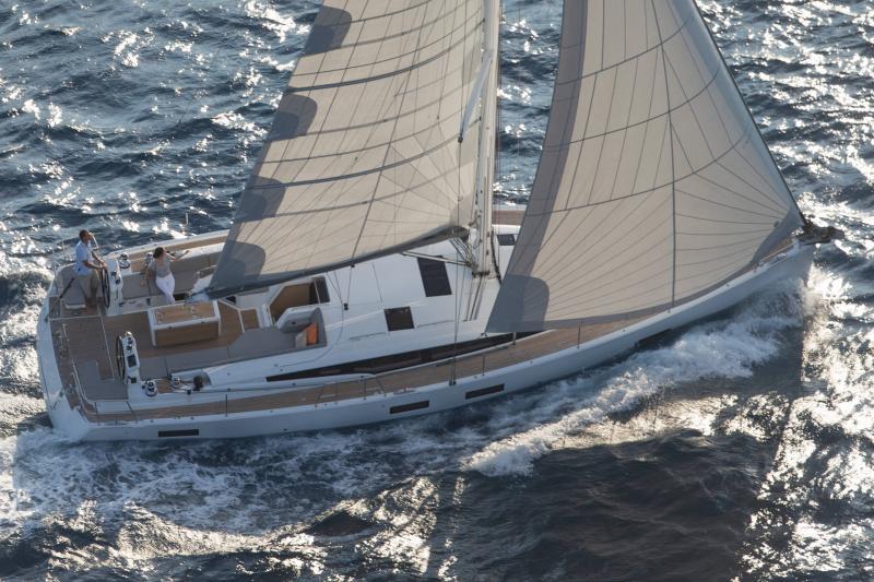 Jeanneau 54 │ Jeanneau Yachts of 16m │ Boat Segelboote Jeanneau  13555