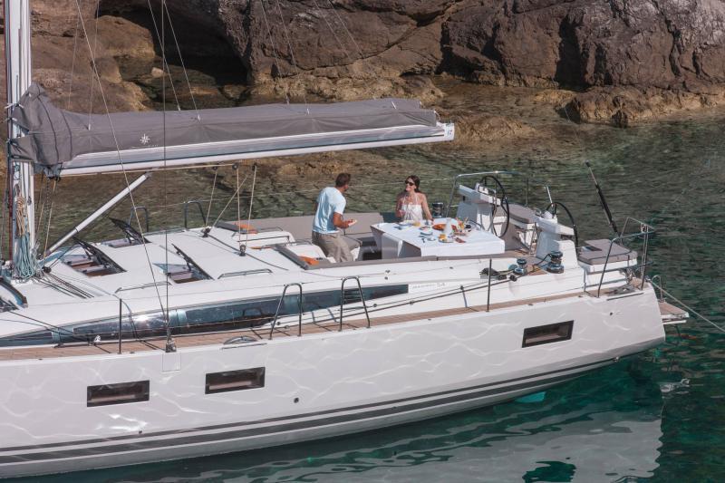 Jeanneau 54 │ Jeanneau Yachts of 16m │ Boat Segelboote Jeanneau  13535