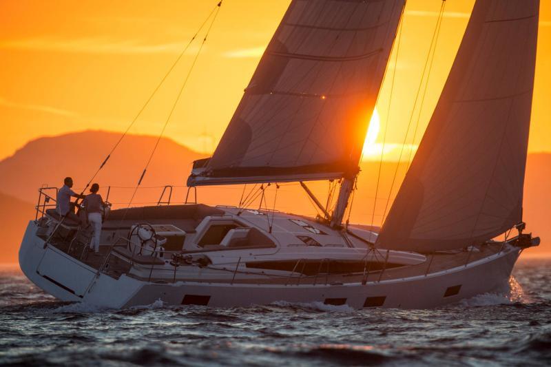 Jeanneau 54 │ Jeanneau Yachts of 16m │ Boat Segelboote Jeanneau  13531