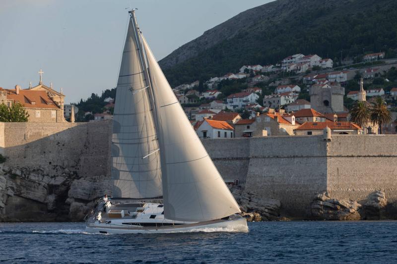 Jeanneau 54 │ Jeanneau Yachts of 16m │ Boat Segelboote Jeanneau  13528
