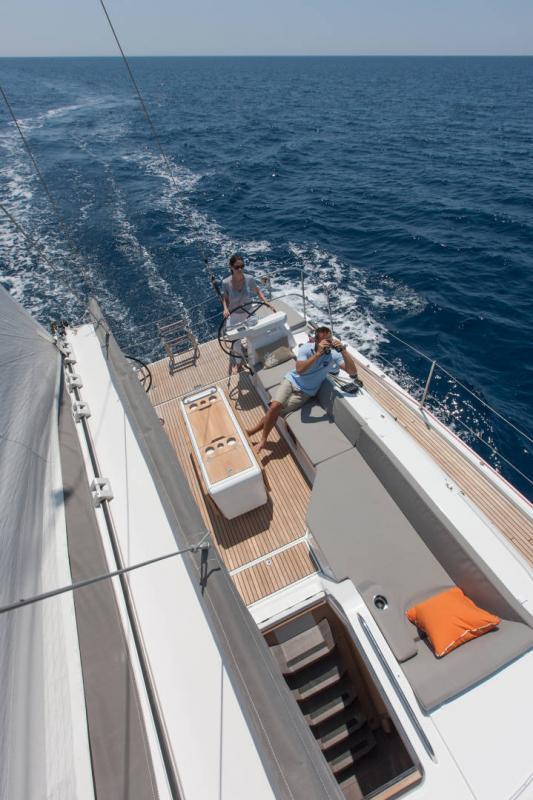 Jeanneau 54 │ Jeanneau Yachts of 16m │ Boat Segelboote Jeanneau  13543