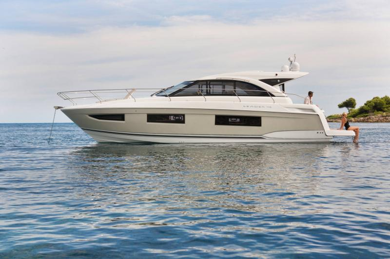 Leader 46 │ Leader of 14m │ Boat Intra-borda Jeanneau 3-Lifestyle 14443