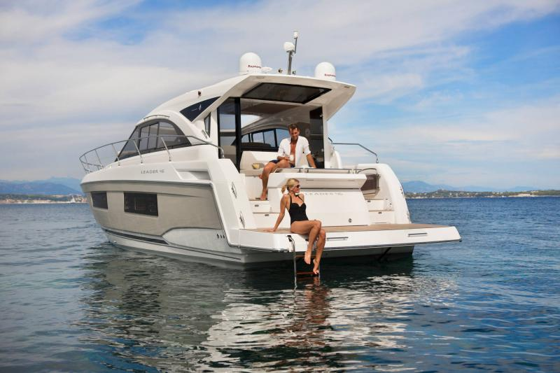 Leader 46 │ Leader of 14m │ Boat Intra-borda Jeanneau 3-Lifestyle 14438