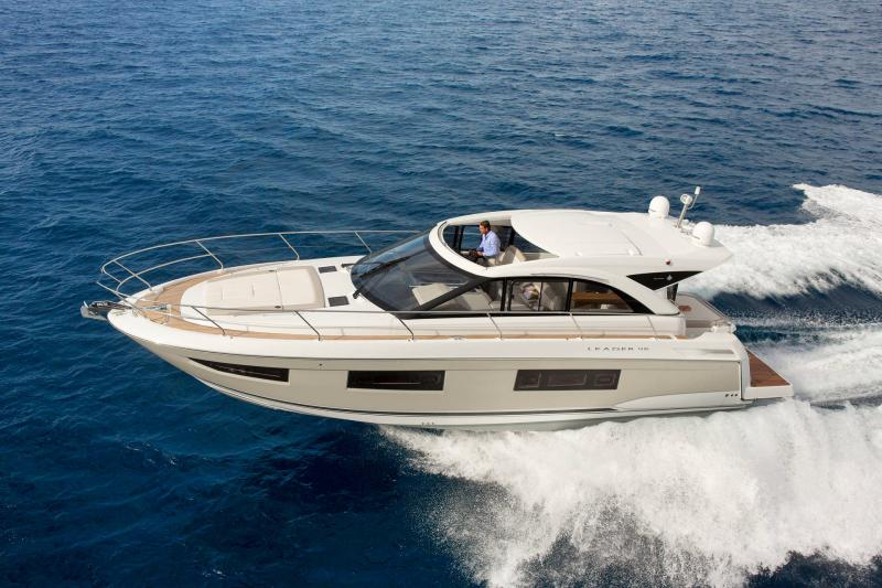Leader 46 │ Leader of 14m │ Boat Intra-borda Jeanneau 1-Navigation 14452