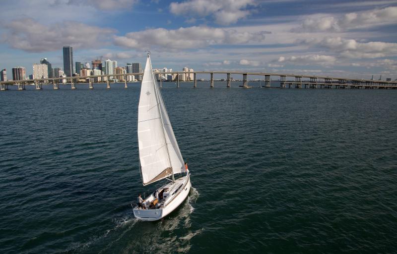 Sun Odyssey 349 │ Sun Odyssey of 10m │ Boat Sailboat Jeanneau  19151