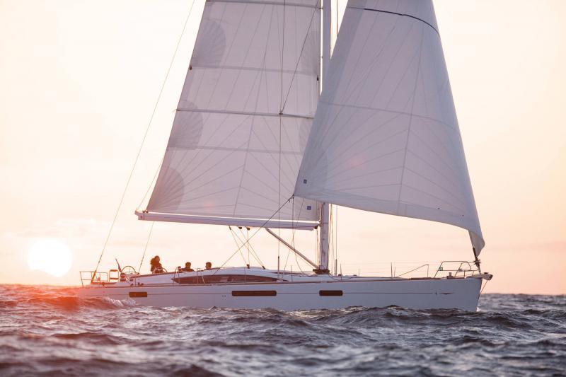 Jeanneau 58 │ Jeanneau Yachts of 18m │ Boat Sailboat Jeanneau  13614
