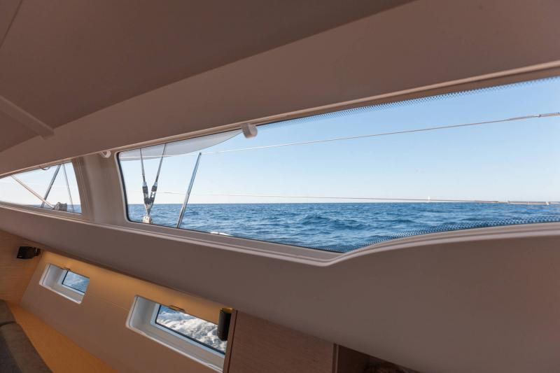 Jeanneau 51 Exterior Views 14