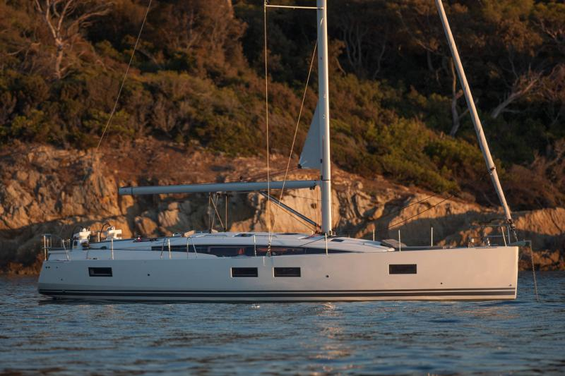 Jeanneau 51 Exterior Views 38
