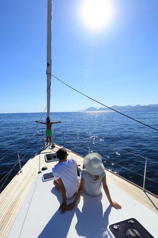 Jeanneau 58 │ Jeanneau Yachts of 18m │ Boat Sailboat Jeanneau  13609