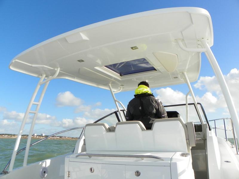 Leader 10.5 │ Leader of 11m │ Boat Fuera-borda Jeanneau  15028