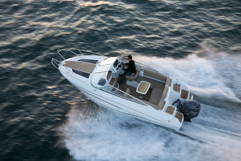 Cap Camarat 6.5 DC │ Cap Camarat Day Cruiser de 6m │ Bateaux powerboat Jeanneau bateau Cap_Camarat_DC-6.5DC2 726