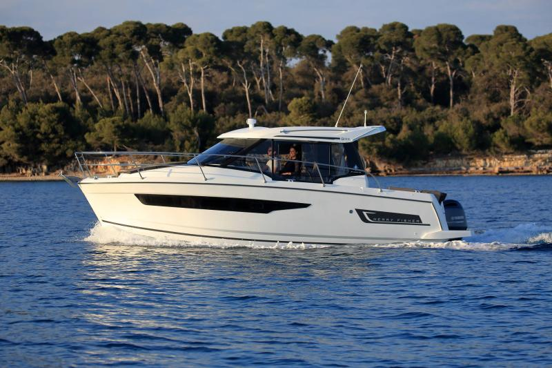 Merry Fisher 895 │ Merry Fisher de 9m │ Bateaux powerboat Jeanneau 2-Mouillage 18610
