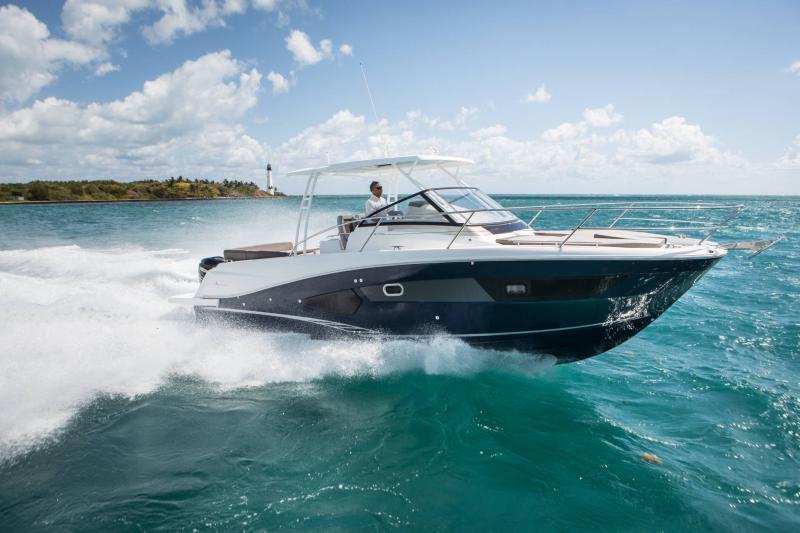 Leader 10.5 │ Leader of 11m │ Boat Fuera-borda Jeanneau  15024