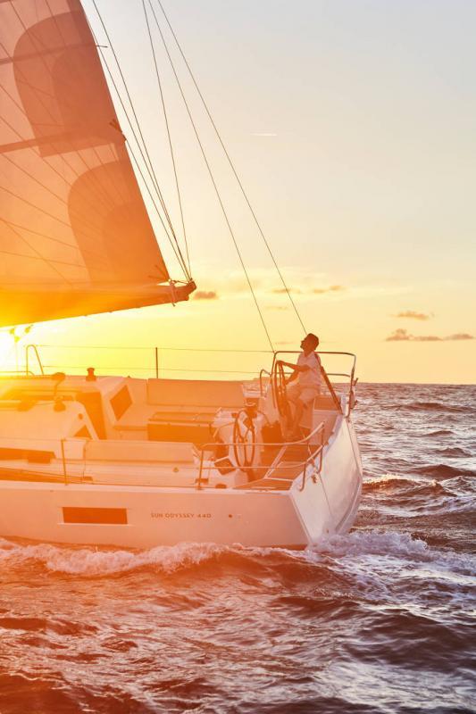 Sun Odyssey 440 │ Sun Odyssey Walk-Around of 13m │ Boat Veleros Jeanneau 1-Navigation 13142