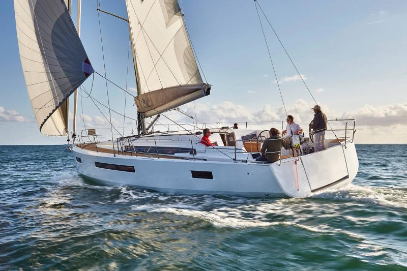 Sun Odyssey 490 │ Sun Odyssey Walk-Around of 14m │ Boat Sailboat Jeanneau  13401