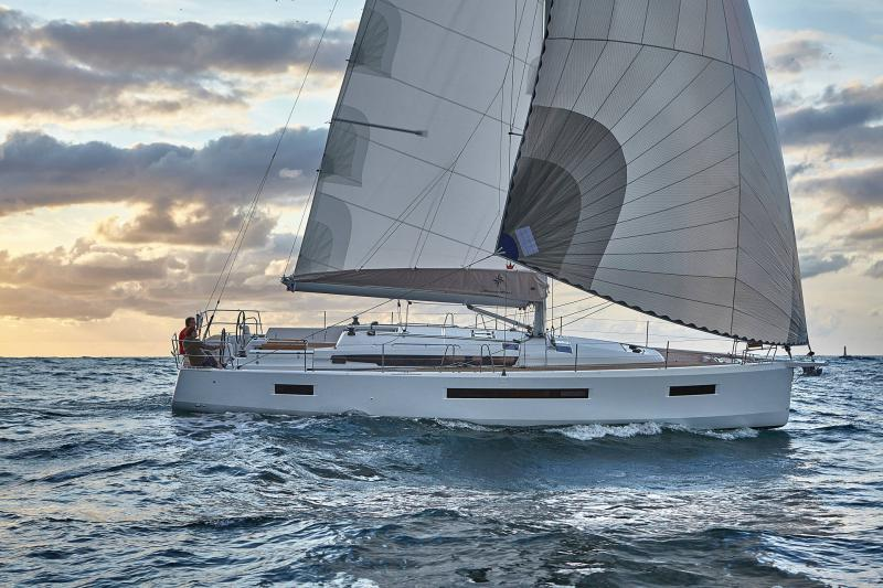 Sun Odyssey 490 │ Sun Odyssey Walk-Around of 14m │ Boat Sailboat Jeanneau  13392