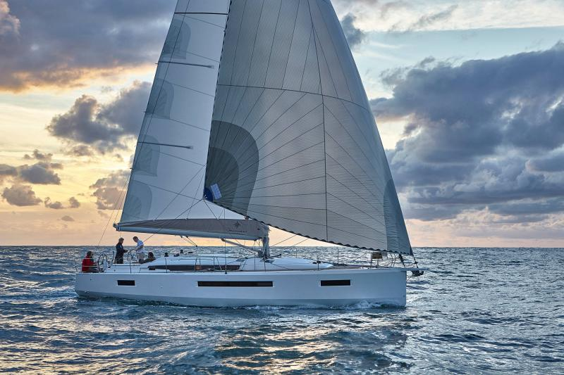 Sun Odyssey 490 │ Sun Odyssey Walk-Around of 14m │ Boat Sailboat Jeanneau  13390