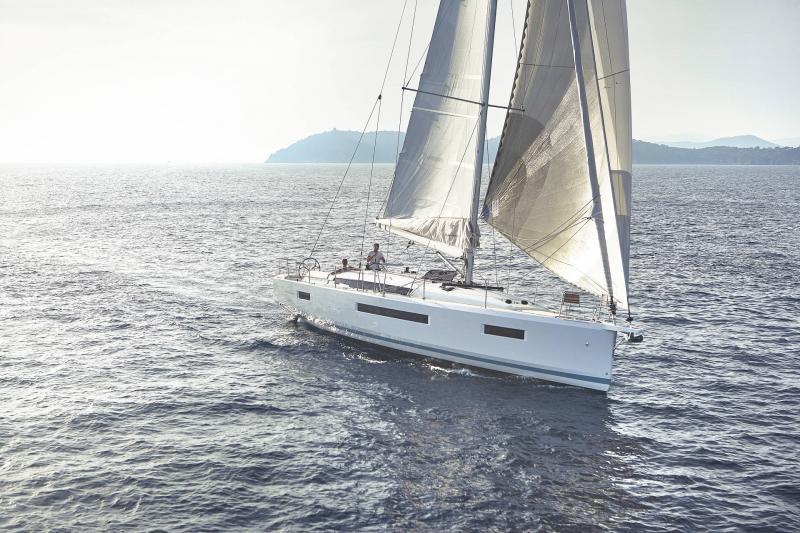Sun Odyssey 440 │ Sun Odyssey Walk-Around of 13m │ Boat Veleros Jeanneau  13135