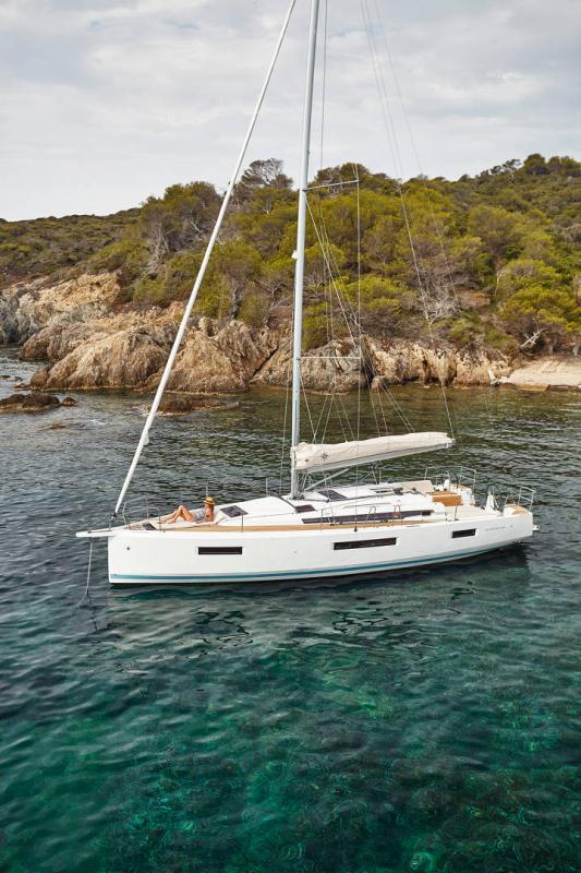 Sun Odyssey 440 │ Sun Odyssey Walk-Around of 13m │ Boat Sailboat Jeanneau  13130