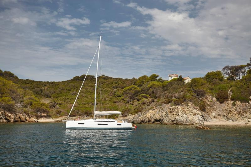 Sun Odyssey 440 │ Sun Odyssey Walk-Around of 13m │ Boat Veleros Jeanneau  13128