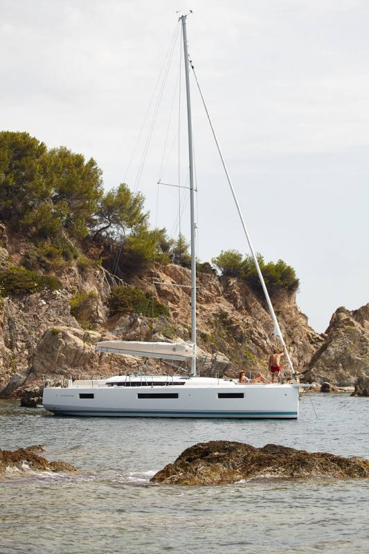Sun Odyssey 440 │ Sun Odyssey Walk-Around of 13m │ Boat Sailboat Jeanneau  13123