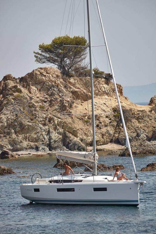 Sun Odyssey 440 │ Sun Odyssey Walk-Around of 13m │ Boat Veleros Jeanneau  13121