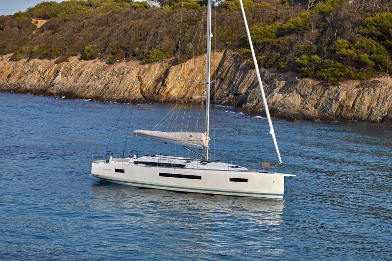 Sun Odyssey 490 │ Sun Odyssey Walk-Around of 14m │ Boat Sailboat Jeanneau  13350