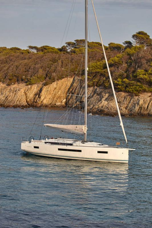 Sun Odyssey 490 │ Sun Odyssey Walk-Around of 14m │ Boat Sailboat Jeanneau  13349