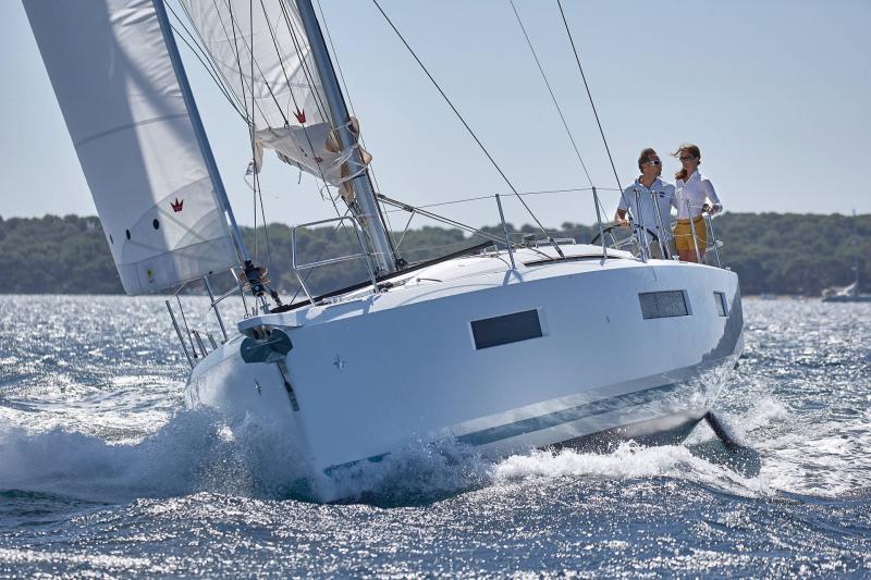 Sun Odyssey 440 │ Sun Odyssey Walk-Around of 13m │ Boat Veleros Jeanneau  13111