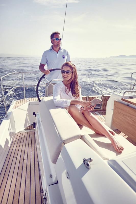 Sun Odyssey 440 │ Sun Odyssey Walk-Around of 13m │ Boat Veleros Jeanneau  13103