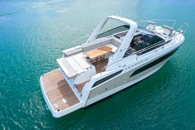 Leader 30 Exterior Views 24